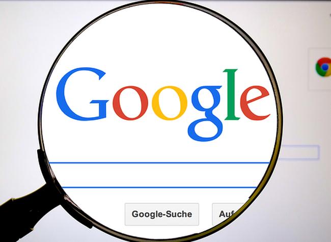 Lên Google tìm kiếm đơn vị cung cấp thiết kế uy tín